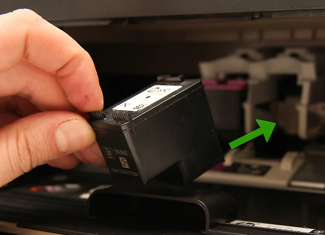 Put the black cartridge in the right slot.